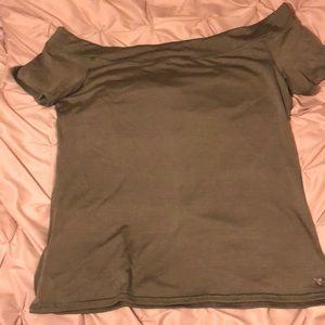 Off the shoulder shirt sleeve tee shirt